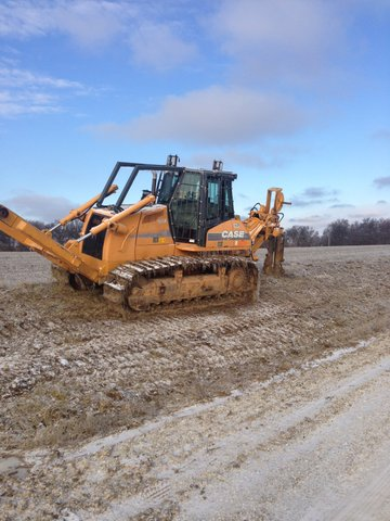 Unit 1212 from Garner Equipment is a 2004 Case 1850K xlt with Ateco plow.